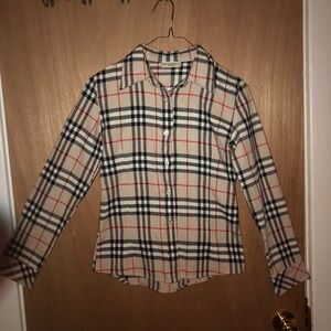 Beautiful Nova Print Auth. Burberry Lady's shirt